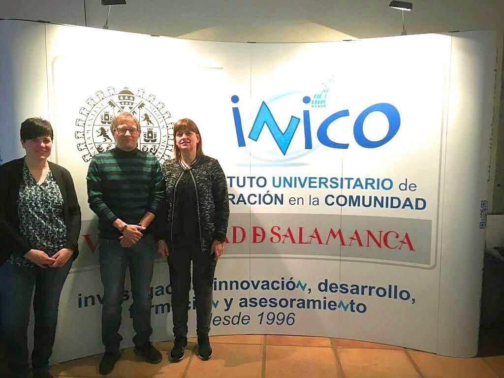 Carmen Burgui, Francisco Fernández y Sonia Ibáñez, en las X Jornadas Internacionales de Investigación sobre Discapacidad