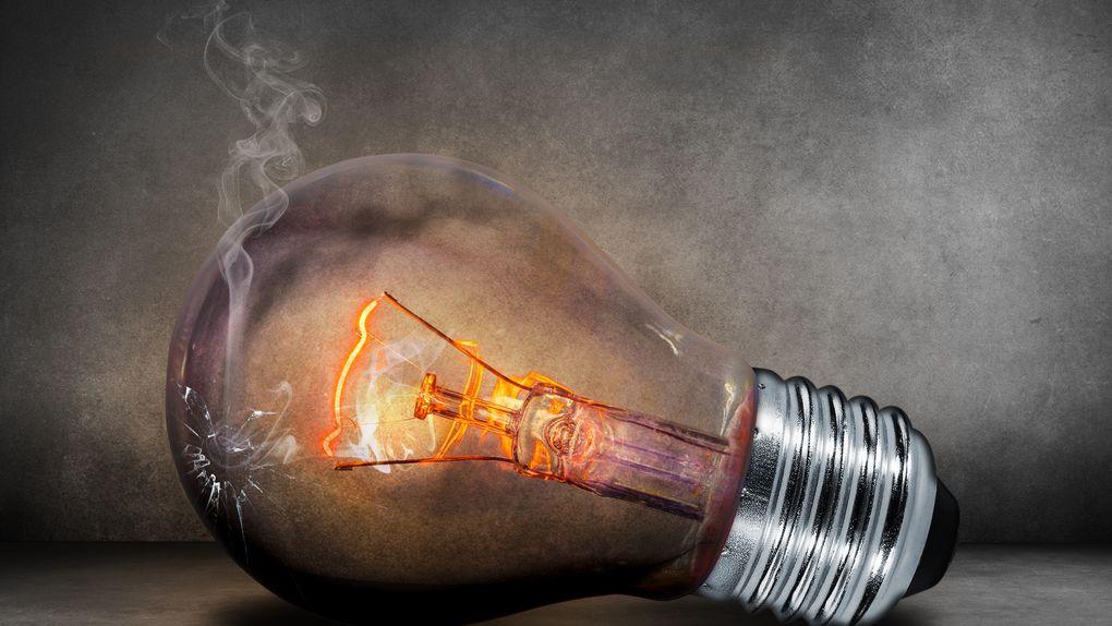 Imagen de una bombilla alusiva a la pobreza energética